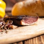 Magret de Canard entier – Séché au poivre
